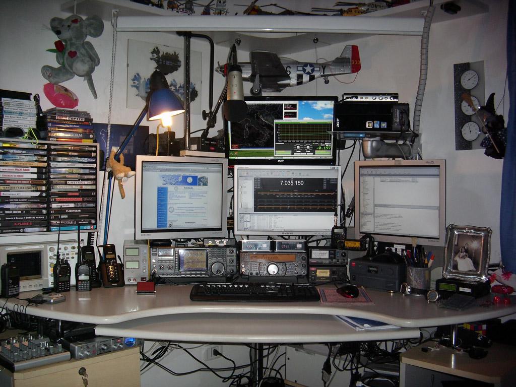 Geiger Counter Power Supply